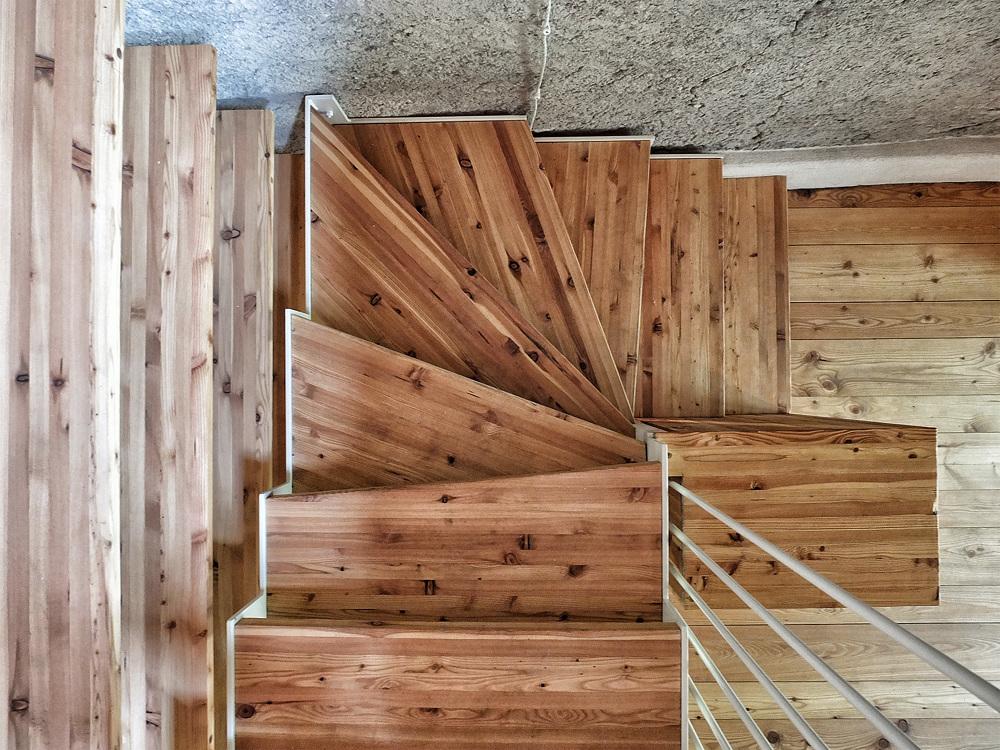 San colombano exilles la ristrutturazione di una baita for Baita di legno